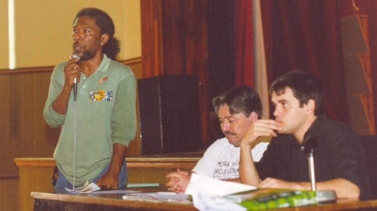 Assembléia contra o PL9 no CEFET em 2005.