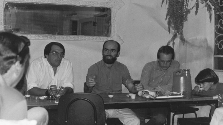Palestra com o Professor Sadi Dal Rosso, transformação em sindicato em 1988.