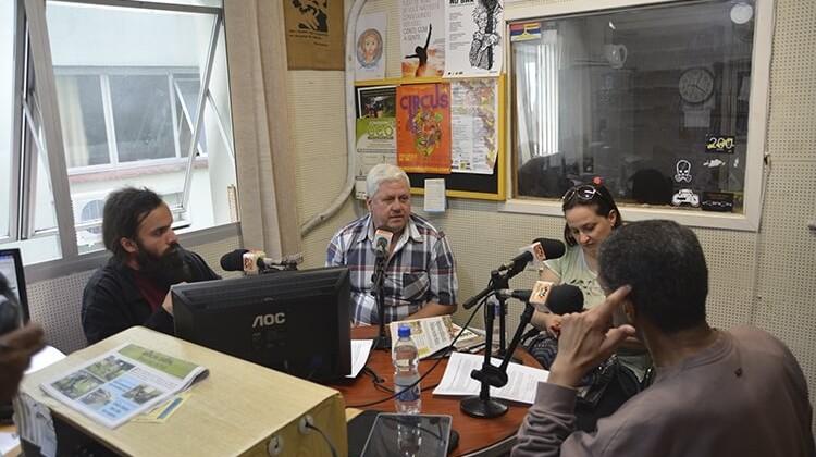 Programa RadioCom com participação da ADUFPel em 2014.